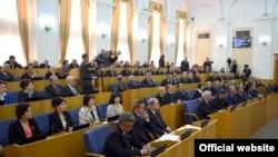 Заседание таджикского парламента.