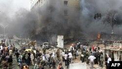В СМИ и соцсетях появились сообщения о том, что атакованы были силы группировок сирийской оппозиции, не связанных с «Исламским государством», а, напротив, ему противостоящих. Сообщалось, что под удар попали жилые кварталы