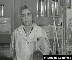 İlk azərbaycanlı qadın kimya professoru İzzət Orucova