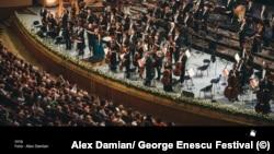 Finalul concertului care a avut-o ca solistă pe Diana Damrau, la Festivalul George Enescu
