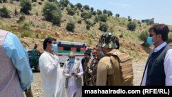 د افغانستان او پاکستان چارواکو پر غلام خان بندر سره ولیدل. ۲۰۲۰، ۱۸ جون