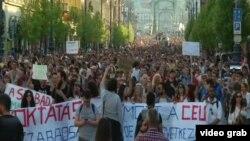 Protestat në Budapest kundër ligjit të ri për universitetet - 2 prill 2017.
