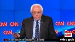 """Сенатор-демократ Берри Сандерс – один из кандидатов в президенты США, позиционирующих себя как """"борцы с системой"""""""