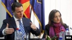 Премиерот Никола Груевски на состанок во МВР во врска со истрагата за петкратното убиство.