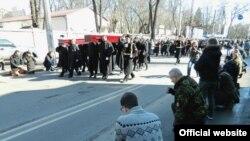 Odessada işğalden evel Aqyarda askerlik yapqan Donbassta elâk olğan arbiyler ile vedalaştılar