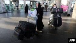 حجاج ایرانی در فرودگاه (عکس از آرشیو)