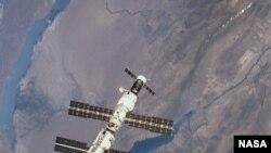 Ысык-Көл, Балхаш жана Эл аралык космос бекети, 8-сентябрь 2000-ж.