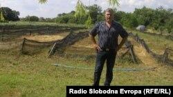 Фармата за полжави на Момчило Трајковски во Табановце во близина на Куманово.