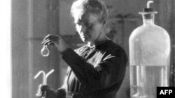 Открывшая полоний ученая Мария Кюри. Париж, 1925 год.
