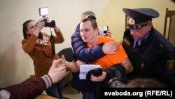 Максім Філіповіч у судзе ў Гомелі 23 сакавіка
