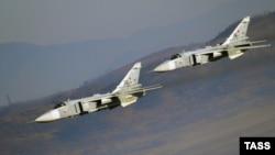 هواپیماهای جنگی روسیه ماههاست که مواضع مخالفان بشار اسد را در سوریه بمباران میکنند.