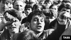 Как протестовали Таджикистан и другие союзные республики накануне распада СССР