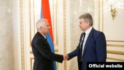 Պյոտր Սվիտալսկի, Կարեն Կարապետյան