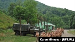 Nagorno Karabakh -- Soldiers' training at a military base in the north of Nagorno Karabakh, 13Jul2012