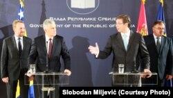 Bakir Izetbegoviq dhe kryeministri serb Aleksandar Vuçiq, gjatë një takimi muajin e kaluar