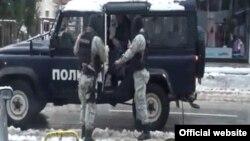 Командирот на Езерската полиција во Охрид Дарио Клечкароски уапсен за рибокрадство.