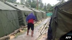 اردوگاه پناهجویان در جزیره مانوس