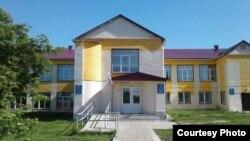 Школа села Старые Салманы