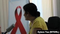 ВИЧ жұқтырған баланың анасы Феруза Жәнібекова. Шымкент, 26 тамыз 2016 жыл.