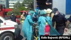 Zbrinjavanje pronađenog migranta u prikolici kamiona, Sarajevo 3. jula 2020.