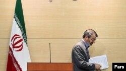 عباسعلی کدخدایی، سخنگوی شورای نگهبان، روز یکشنبه نتوانست رای نمایندگان مجلس برای عضویت دوباره در این شورا به دست آورد.
