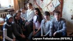Фәнис Яруллин студентлар белән. 5 апрель 2011 ел