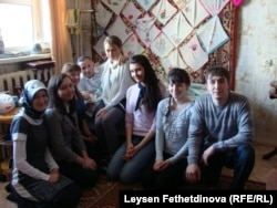 Фәнис Яруллин студентлар белән. 5 апрель 2011 ел.
