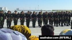 Военная присяга в Туркменистане (архивное фото)