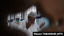 Карачи шаарындагы мечит. 22-май, 2020-жыл.