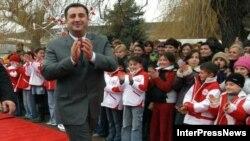 Так называемая администрация Дмитрия Санакоева продолжает свою деятельность в Грузии, несмотря на смену власти и уход Саакашвили с поста президента. Этот орган по-прежнему финансируется грузинским правительством