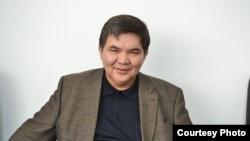 Экономист Жарас Ахметов.