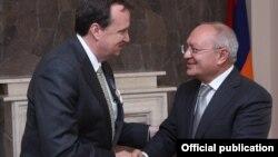 Ռիչարդ Միլսի հանդիպումը Աղվան Հովսեփյանի հետ, 20-ը հոկտեմբերի, 2015թ.