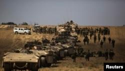 Ushtria izraelite duke u kthyer nga Rripi i Gazës në Izrael