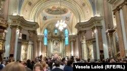 U subotičkoj biskupiji mise se održavaju na mađarskom, hrvatskom, slovačkom i nemačkom jeziku