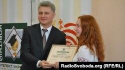 Як оцінюють український інтелект?