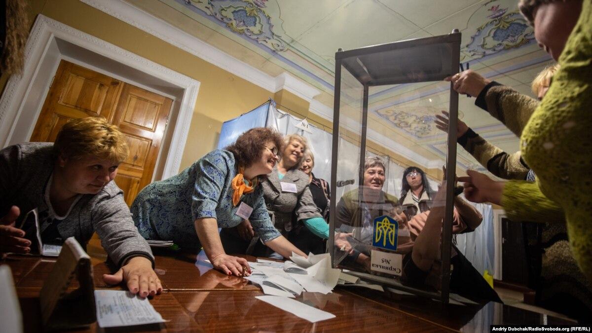 ENEMO положительно оценило выборы в Украине, несмотря на «грязные технологии»