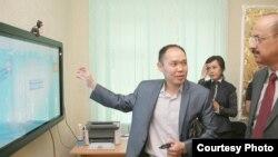 Презентация Центра по выдаче документов. Фото ПРООН КР