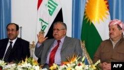 الرئيس طالباني يتوسط بارزاني والمالكي