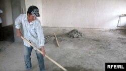 Таджикский рабочий, герой эфира