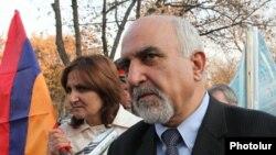 Паруйр Айрикян (архив)