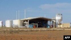 В мире работают тысячи ядерных блоков, и австралийского урана на всех явно не хватит. Урановая шахта Honeymoon