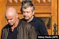 Дмитрий Рыболовлев покидает здание суда в Монако после очередного заседания. Октябрь 2017 года