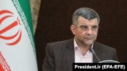 Ministar Iradž Harirči tokom pres-konferencije, 24. februar
