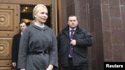 Iulia Timoșenko părăsind biroul Procuraturii de stat