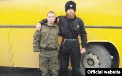 Александар Сіндєлич (справа)