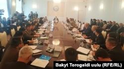 Заседание комитета по международным делам, обороне и безопасности парламента Кыргызстана. Бишкек, 21 января 2020 года