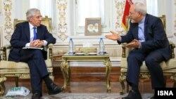 دیدار محمدجواد ظریف و جک استراو در تهران- ۱۷ دیماه
