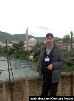 Ekrem Özbaý