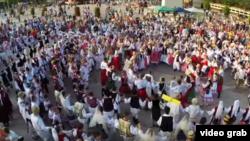 Secvență din videoclipul de promovare a României