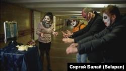 Беларуси -- Оьрсийчоьнан пропагандана дуьхьал Флешмоб (Сихонца гулбалар) (Flashmob), Минск, 31ГIад.2016